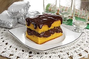 Cobertura de chocolate para bolo de cenoura