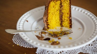 Porque meu bolo de cenoura fica parecendo pudim?